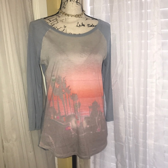 b1afdaec614a American Eagle Outfitters Tops | American Eagle Soft Tee | Poshmark